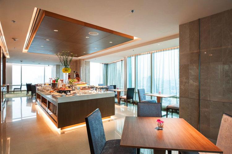 Eastin Grand Hotel Sathorn Bangkok Pool